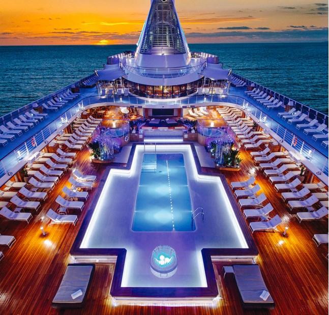 Круизный лайнер Марина от компании Oceania Cruises