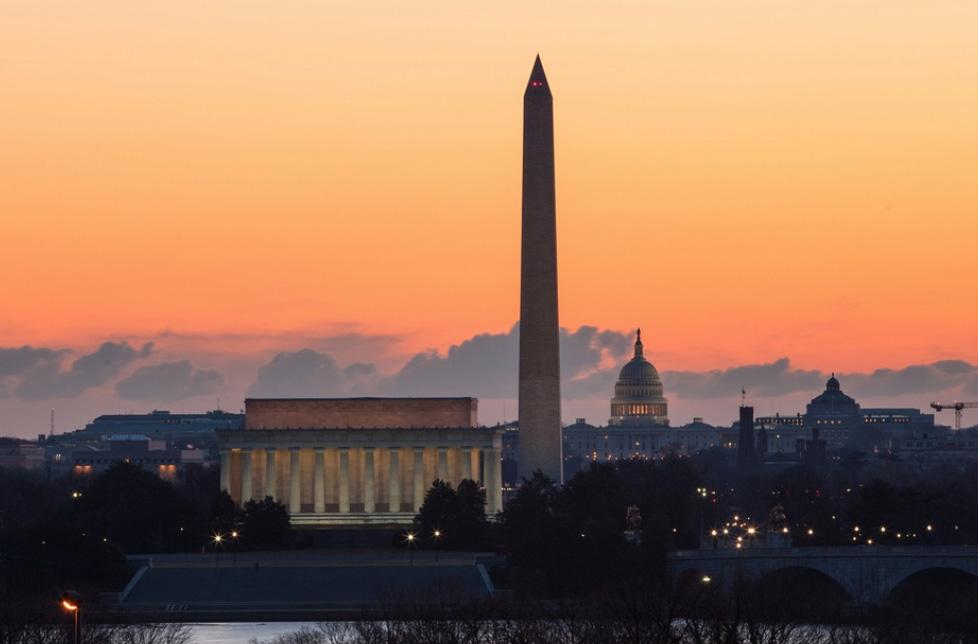 Мемориал Линкольна и Отражающий бассейн