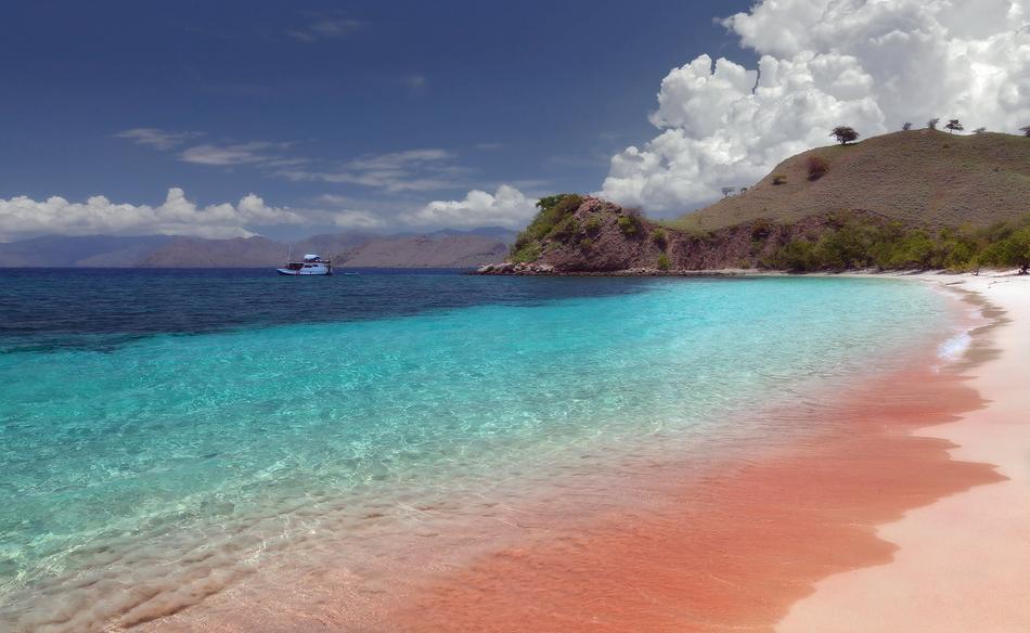 Розовый пляж Багамских островов Харбор