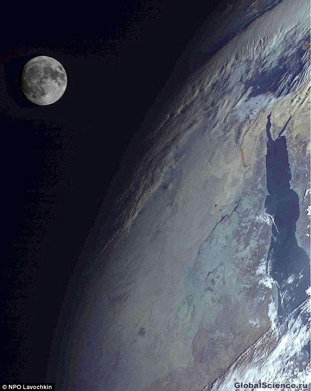 Это фото региона Красного моря, сделанное российским   спутником Электро-Л
