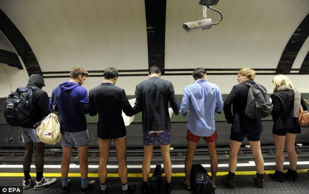 Акция в Лондоне долой штаны