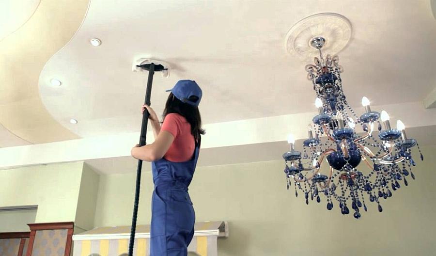 Как отмыть натяжной потолок после ремонта
