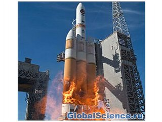 Огромная ракета «Дельта» взлетела из Ванденберга, Калифорнии