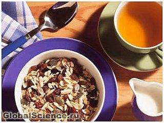 Пропуск завтрака вынуждает мозг искать высококалорийную пищу