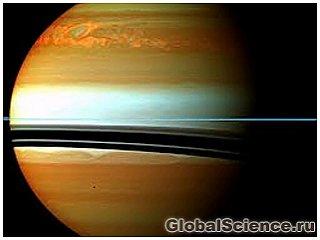 Сильный ураган на Сатурне рекордно разогрел его атмосферу