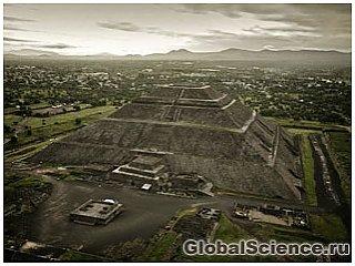 Робот открыл подземные туннели возле пирамиды Солнца в Мексике
