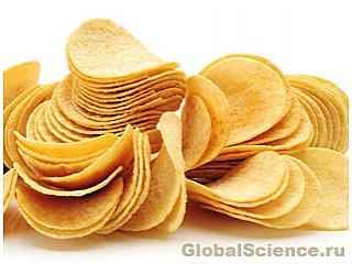 Рассеянность во время обеда увеличивает желание излишне солёной и сладкой еды
