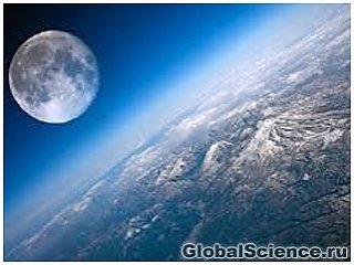 Місяць породила Земля