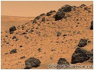 Curiosity обнаружил на Марсе скалы из светлого полевого шпата