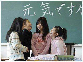 У 25% детей, пострадавших от цунами в Японии, наблюдаются психологические расстройства