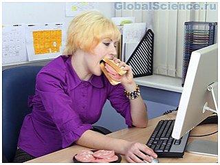 По мнению ученых, фэйсбук вызывает пищевое расстройство