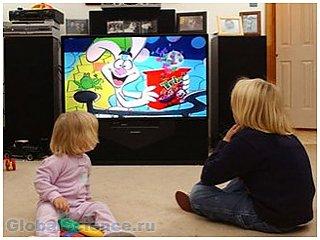 Каждый час у телевизора лишает ребенка сна на семь минут