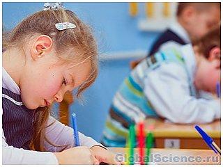 Педагоги в размышлениях, стоит ли детсадовцам и школьникам изучать английский
