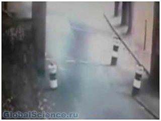 Камеры старинного английского замка засняли призрак
