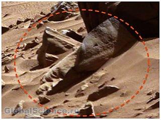 На Марсе найдена голова древней скульптуры из камня