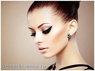 Косметологи указали на составляющие любого образа – макияж 2015