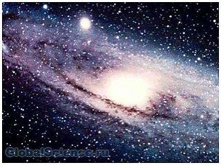 Есть ли границы у Вселенной (3 фото)