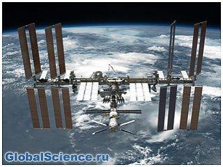 Видео: Камеры МКС в очередной раз зафиксировали НЛО