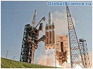 С мыса Канаверал запустили ракету с разведывательным спутником США видео