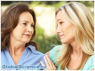 Ученые выяснили, что дочь и мать стареют одинаково