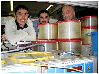 Создан волоконный лазер, длиной 270 километров