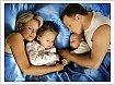 Психологи выясняют может ли ребенок спать с родителями