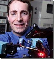 Изобретен первый поляризованный светодиод