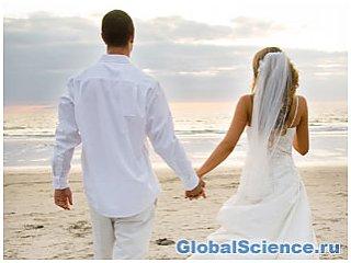 Подружні пари, які прожили багато років, менше знають один одного