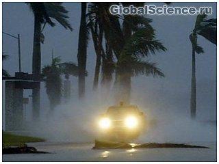 США предсказывают около 10 атлантических ураганов в этом сезоне