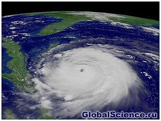 """Ураган """"Ірен"""" найбільше небезпечний стихією води, ніж грозовими вітрами"""