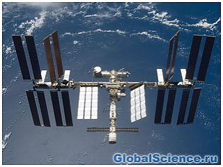Экипаж МКС задержится на орбите еще на месяц