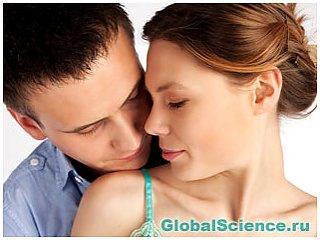 Ученые выяснили, зачем мужчины признаются в любви