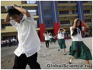 Сильное землетрясение произошло на Филиппинах: есть жертвы