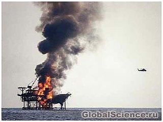 На платформе Elgin в Северном море не удается потушить пламя