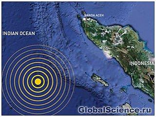 Высота цунами у берегов Индонезии может достигать 4 метров