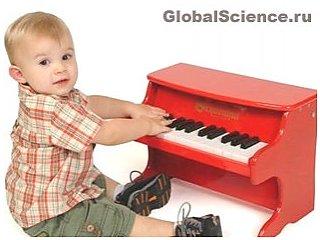 Музичні ігри та заняття позитивно впливають на мозок немовлят