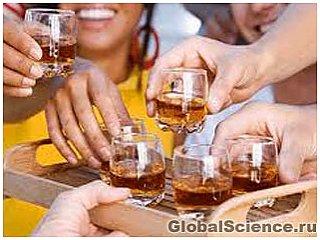 Почему опьянение заставляет нас чувствовать себя более привлекательными?