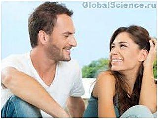 Протизаплідні таблетки змушують жінок вибирати менш мужніх чоловіків