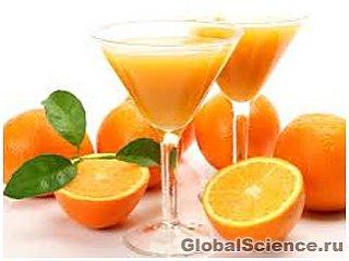 Ученые: апельсиновый сок полезно пить на завтрак