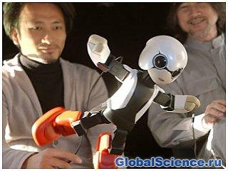 Говорящий робот из Японии летит на МКС