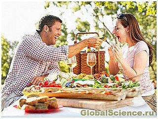 К избыточному весу может привести счастье с партнером