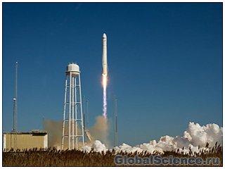 Америка запустила ракету-носитель со спутником связи на МКС