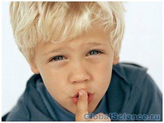 Тестостерон мешает развитию речи у мальчиков