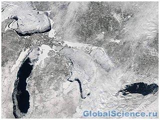 Легендарные озера Америки почти полностью покрылись льдом