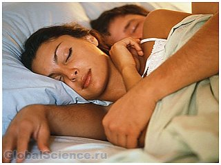 Расстояние между супругами во время сна, может рассказать об их взаимоотношениях