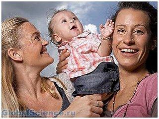 Гомосексуальные родители заботятся о детях так же, как и гетеросексуальные