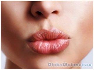 Как лечить белые точки на губах