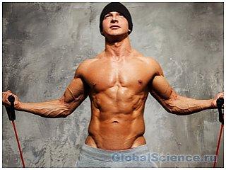 Во время овуляции женщин больше привлекают мужчины с накаченным телом