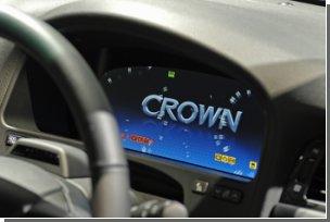 Новая Toyota Crown Hybrid научилась видеть в темноте