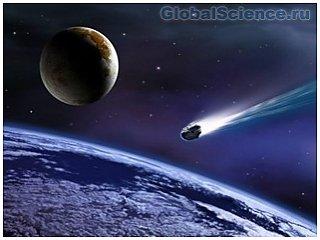 К земле летит громадный астероид